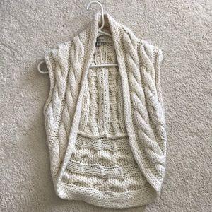 Bebe Cream vest